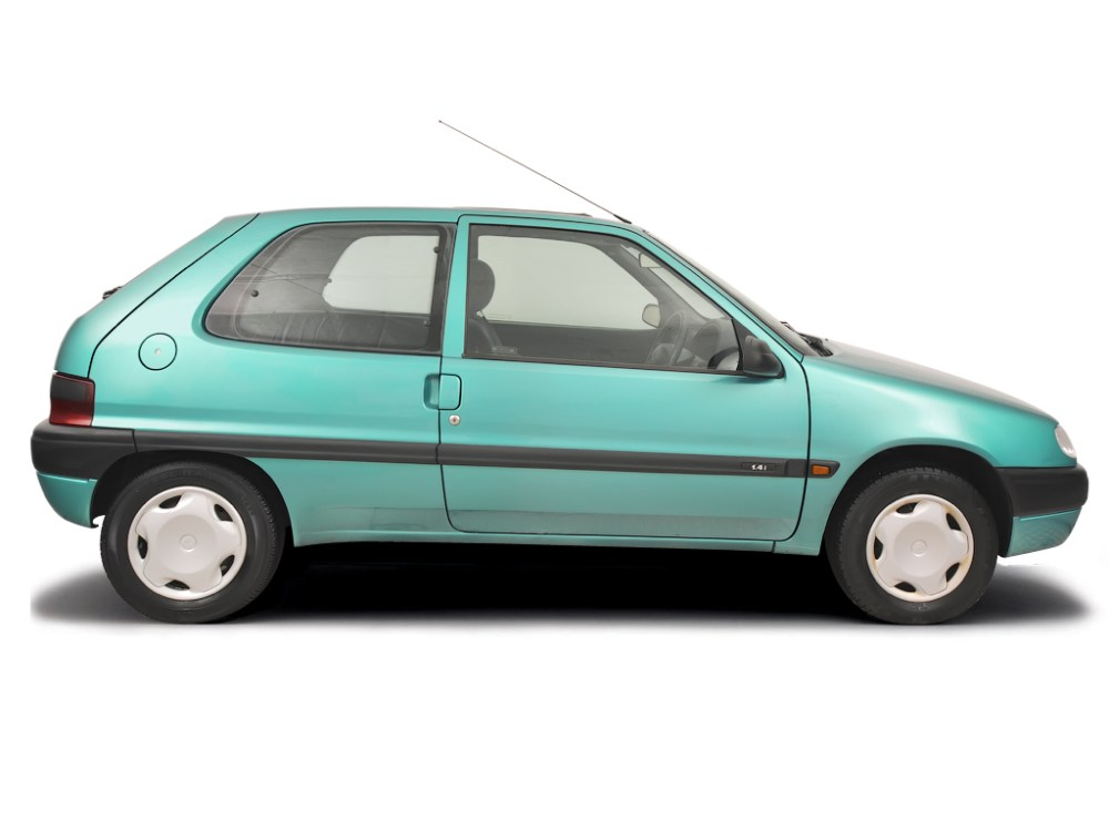 medium resolution of fusebox and diagnostic socket locations citroen saxo 1996 2004 petrol 1 1
