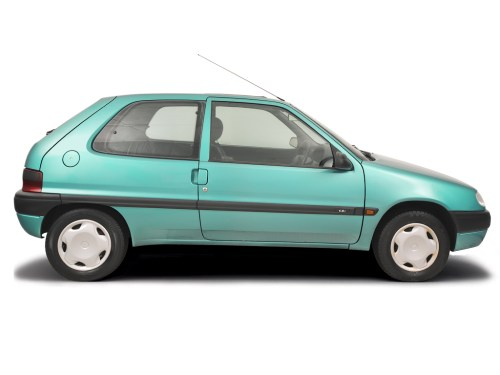 small resolution of fusebox and diagnostic socket locations citroen saxo 1996 2004 petrol 1 1