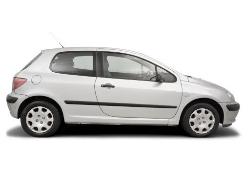 small resolution of fusebox and diagnostic socket locations peugeot 307 2001 2008 diesel 2 0 hdi