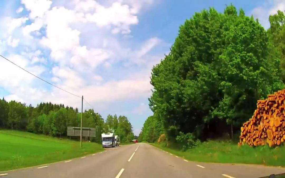 الطريق الريفي فى السويد