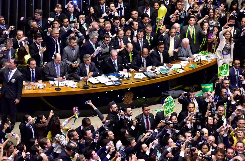 O impeachment e a farsa do golpe: em defesa de uma interpretação marxista da democracia liberal