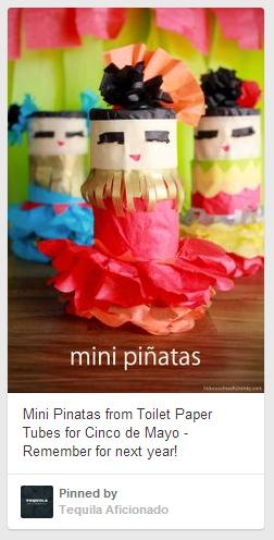 cinco mini pinatas