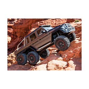 rx 6 scale and trail crawler with mercedes benz 300x300 - rx-6-scale-and-trail-crawler-with-mercedes-benz