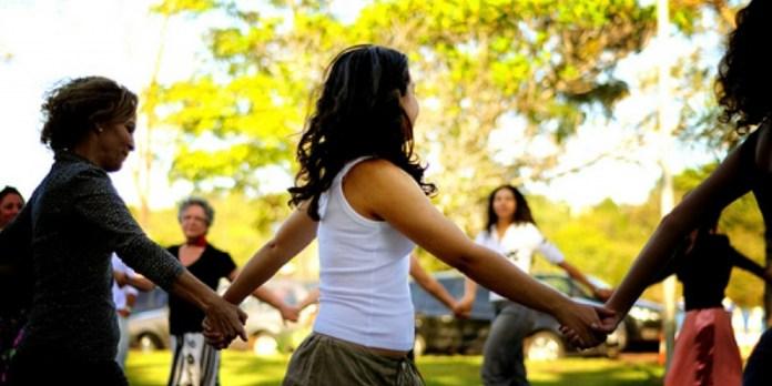 Dança Circular Práticas Terapêuticas SUS