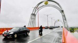 Jokowi Minta Pemda Sambungkan Tol Kayu Agung-Palembang-Betung dengan Sentra Ekonomi