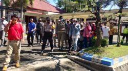 Pedagang Sore Pasar Induk Bondowoso Tagih Janji, Ngeluruk Wisma Wabup
