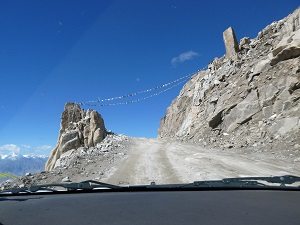 Prayer flags on Khardung La Pass road