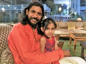 Yogi Vishnu and his daughter Sunrita, in Rishikesh