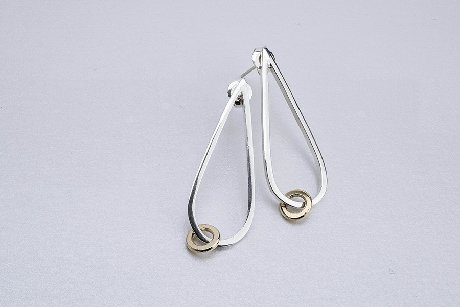 Square wire teardrop loose link earrings