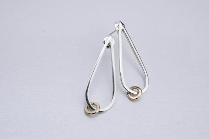 Square wire teardrop loose link earrings