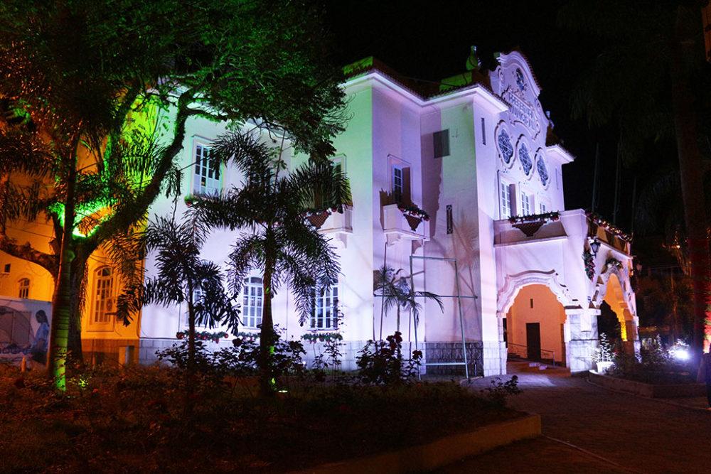 Mostra de Natal: coral, auto e show vão movimentar a Calçada da Fama no domingo, dia 20