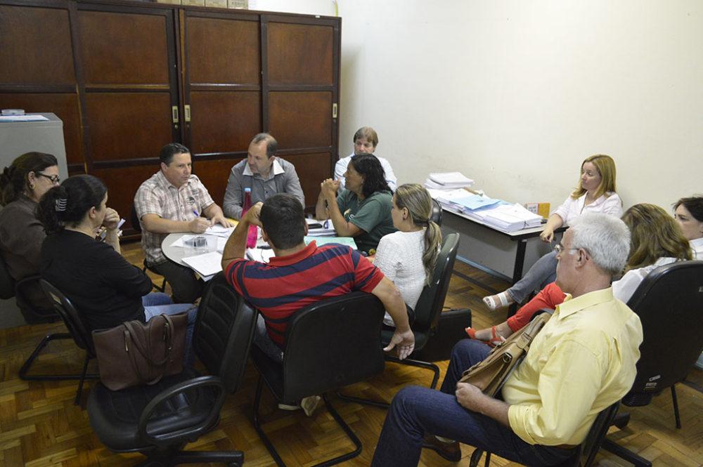 Comissão formada por Prefeitura, SINDPMT e TerePrev busca soluções para ajustar despesas de pessoal ao orçamento