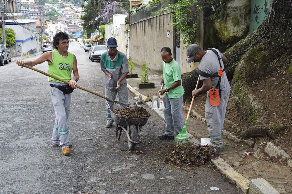 Governo intensifica ações de limpeza urbana
