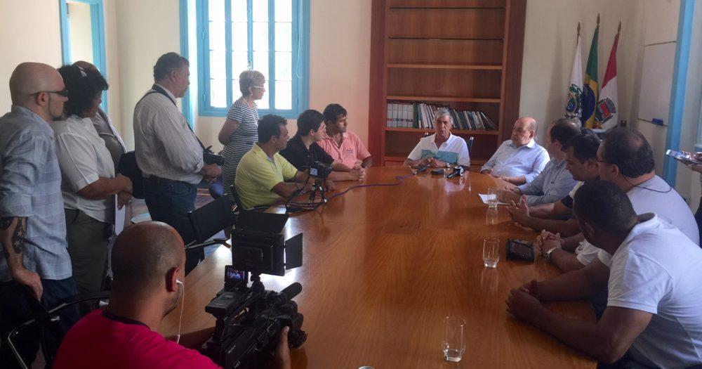 Deputado Federal Simão Sessim trouxe asfalto e assegura que vai buscar mais recursos para Teresópolis
