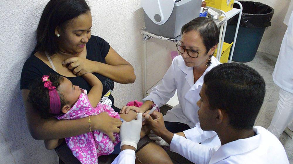 Prefeitura inicia vacinação contra gripe: Primeira semana é voltada para gestantes, crianças e pacientes renais crônicos