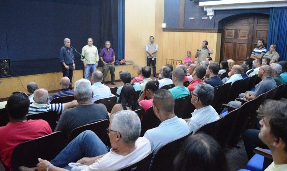 Taxistas terão mais tempo para padronização da frota em Teresópolis