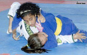 Copa Absolut de Jiu-Jitsu reúne cerca de 500 atletas no Pedrão