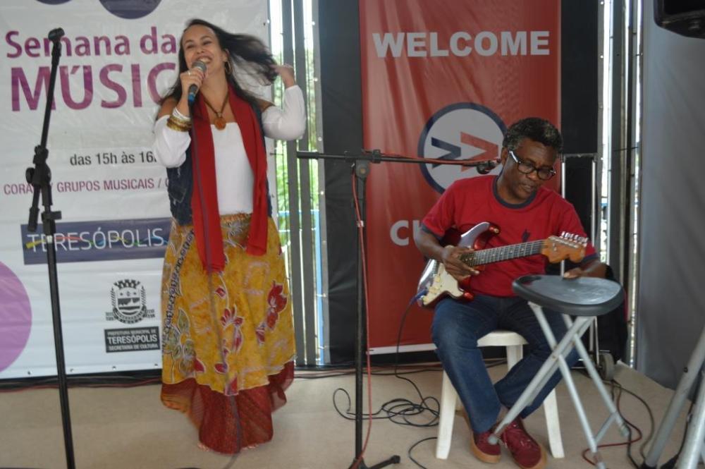 'Semana da Música' segue na Calçada da Fama