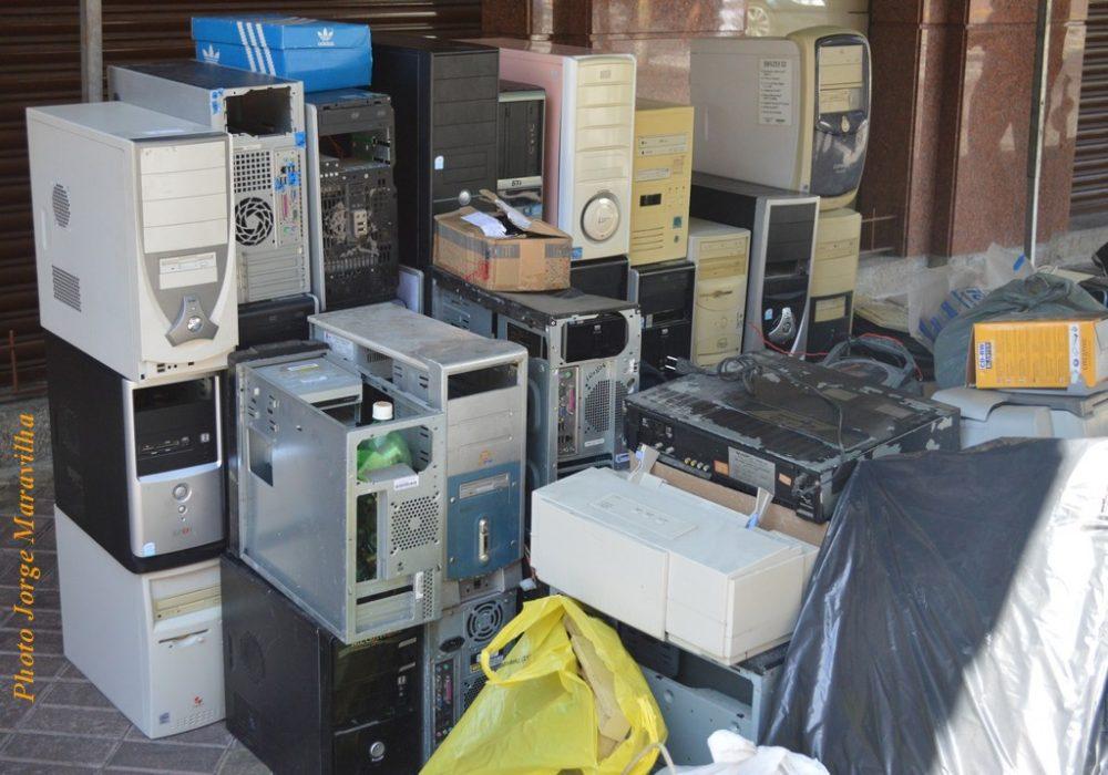 População participa da 2ª Coleta de Lixo Eletrônico em Teresópolis