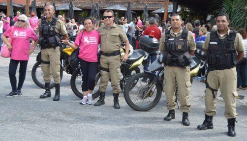 Agentes da Guarda Civil Municipal orientaram o trânsito desde a largada da caminhada