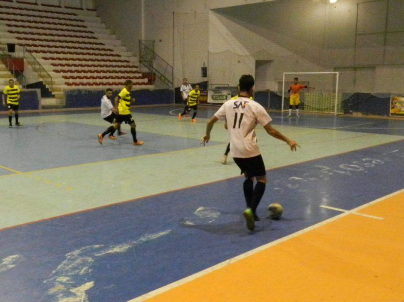 A Copa Terê de Futsal conta com apoio da Secretaria de Esportes e Lazer. Novos confrontos acontecem na próxima semana