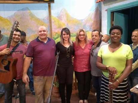 (Sec. Cultura) – Prefeito Pedro Gil, acompanhado de integrantes da equipe, e músicos