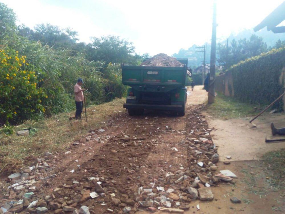 Agricultura continua com as melhorias nas ruas do interior
