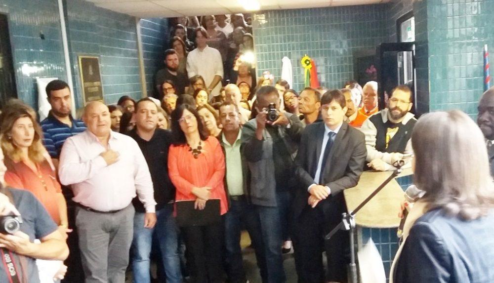 Prédio da Secretaria de Educação recebe nome da professora Maria de Fátima Fonseca da Silva