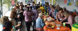 Secretaria de Esporte e Lazer promove festa junina para turmas de alongamento