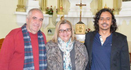 Da esquerda para a direita: o poeta Hudson Fernandes, a subsecretária e Cultura Ana Geanette, e o tecladista Bruno Fonseca