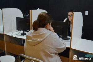 PREFEITURA INSTALA POSTO AVANÇADO DE RENEGOCIAÇÃO DE DÍVIDAS NO TERESÓPOLIS SHOPPING