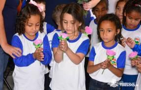 Apresentação de alunos da Escola José Alves Ferreira
