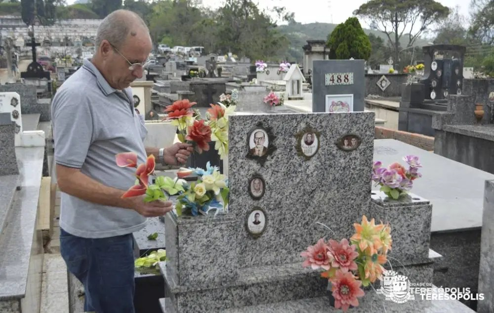 CEMITÉRIOS PRONTOS PARA ESTA SEXTA DE FINADOS