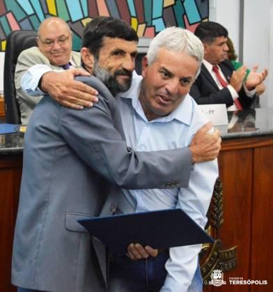 Servidor da Agricultura, Marco Aurélio Cunha recebe a honraria