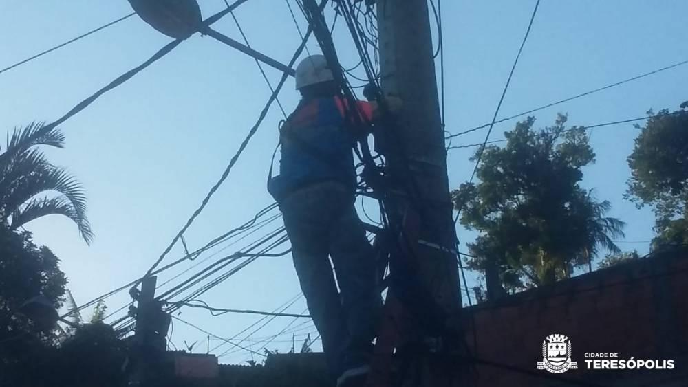 Prefeitura prossegue com recuperação da Iluminação Pública em diversos bairros de Teresópolis