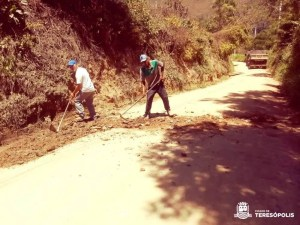 Melhoria na estrada da cachoeira dos Frades