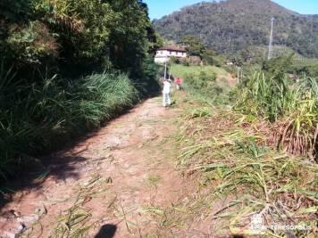 Roçada e limpeza na Rua que liga Brejal a Cuiabá1