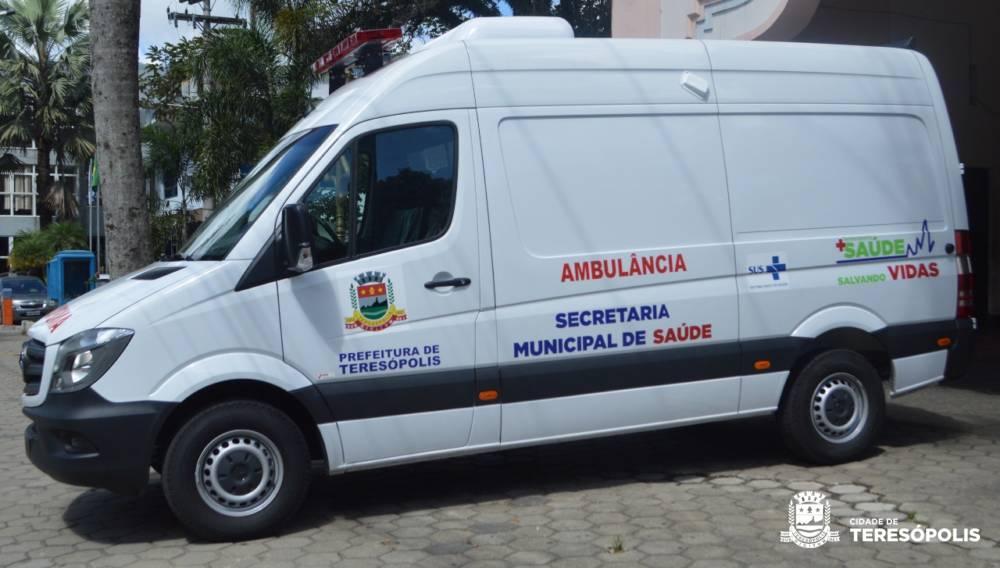 Teresópolis recebe nova ambulância básica para atender pacientes