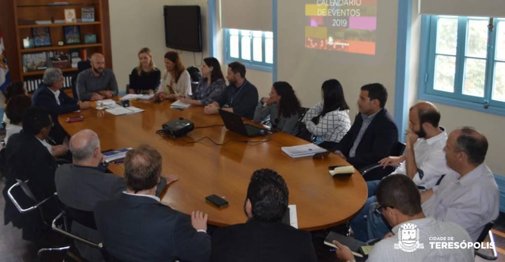 Prefeitura de Teresópolis, SESC/SENAC e Fecomércio realizam encontro técnico para firmar parceria
