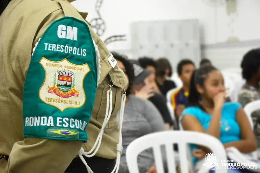Volta às aulas: Ronda Escolar da Guarda Civil começa a circular pela cidade e interior de Teresópolis