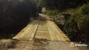Prefeitura reconstrói pontes em Canoas e Vargem Grande