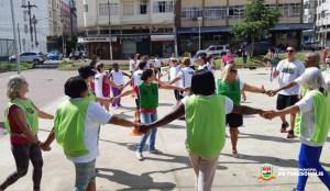 Esporte e diversão na Praça Olímpica: gincana abre projeto em comemoração ao Mês da Mulher