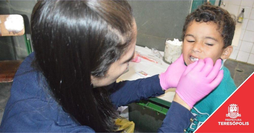'Operação Prefeitura Presente': Parque do Imbuí recebe ação social