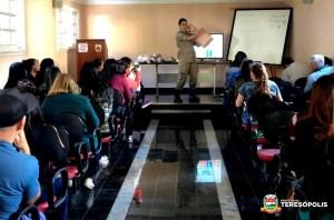 'Escolas mais seguras': professores municipais fazem curso de primeiros socorros