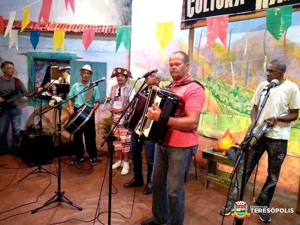 Músicas e comidas típicas das Festas Juninas marcam edição especial do 'Cultura de Raiz'