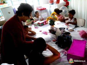 CRAS Meudon inscreve para oficinas gratuitas de artesanato e recreação infantil