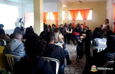 Palestra sobre a campanha de prevenção ao suicídio no CRAS Alto