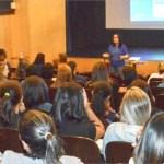 Agentes de creches municipais fazem curso sobre saúde emocional