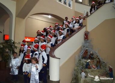 Cantata com Coral do Colégio N. Srª do Carmo encanta público no 'Teresópolis Terra de Luz – Natal 2019'