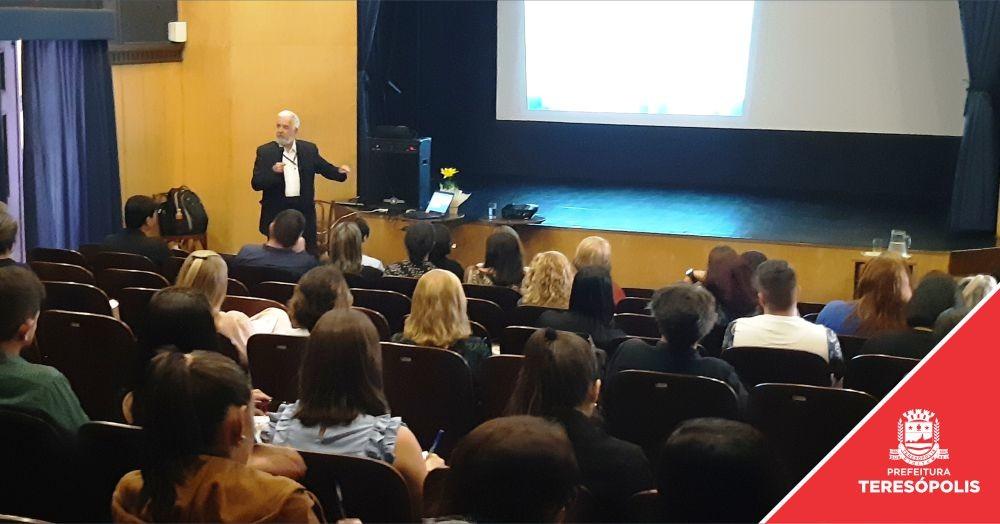 'ECG Presente': curso sobre Lei de Responsabilidade Fiscal reúne servidores de 8 municípios em Teresópolis